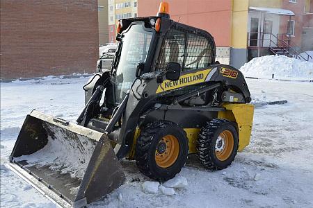Минипогрузчик New Holland L218